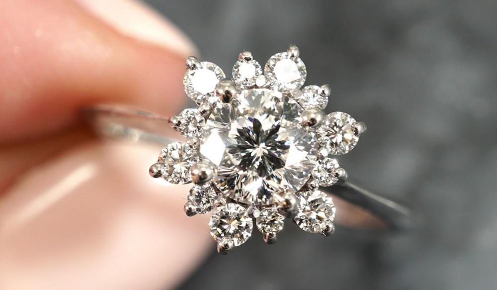 d53d64f385faf 13 Unique Custom Engagement Rings | Joseph Jewelry