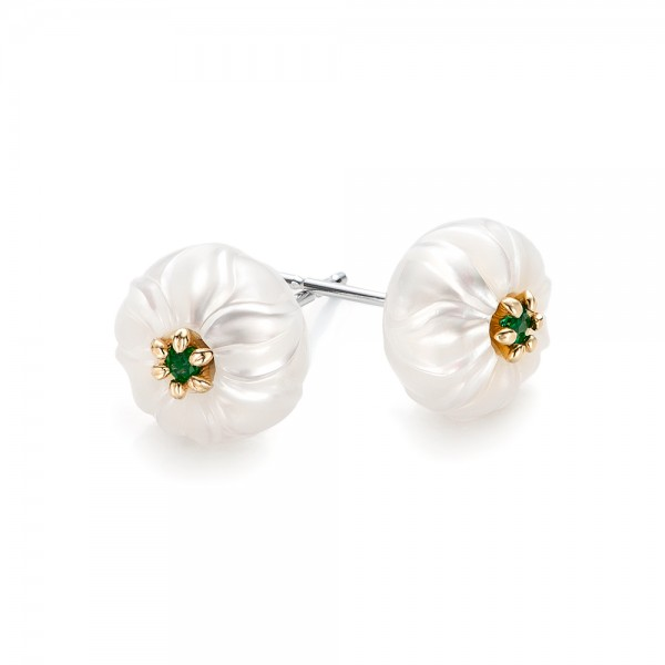 Fantastic Emerald Lily Fresh Water Carved Pearl Earrings #101970 WP48