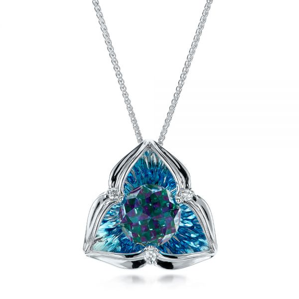 Blue Topaz and White Gold Pendant - Image