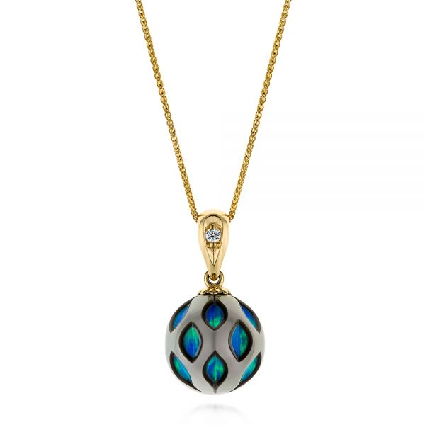 14k Yellow Gold Opal Pearl Cut-out Pendant - Three-Quarter View -