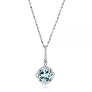 Vintage-inspired Aquamarine and Diamond Pendant
