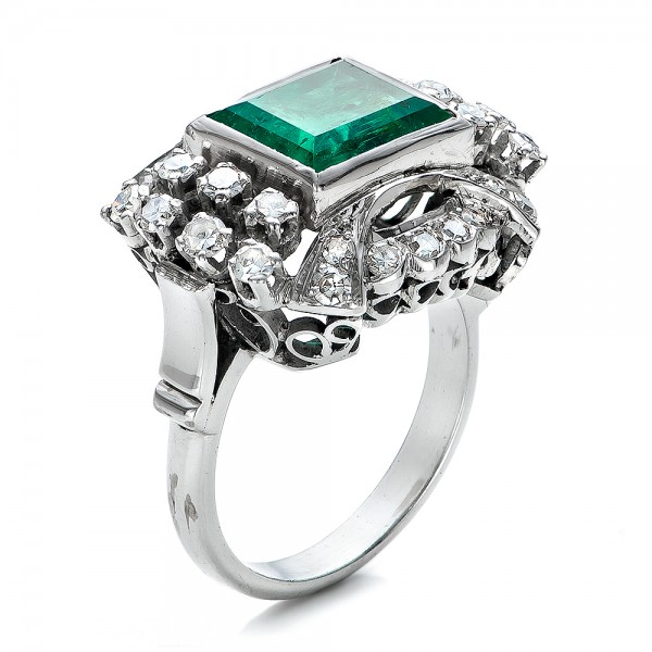 Emerald and Diamond White Gold Ring - Three-Quarter View -  100737 - Thumbnail
