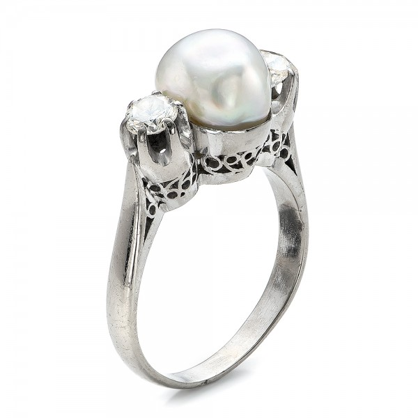 White Pearl and Diamond Ring - 14K  -  100765