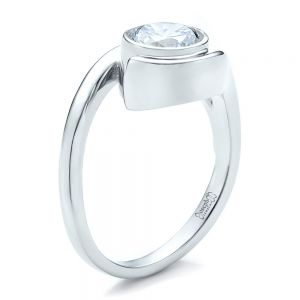 Contemporary Split Shank Solitaire Engagement Ring - Image