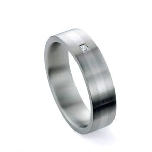 Men's Titanium, Palladium and Diamond Band - Image