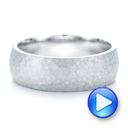 14k White Gold Men's Hammered Matte Finish Wedding Band - Video -  102503 - Thumbnail